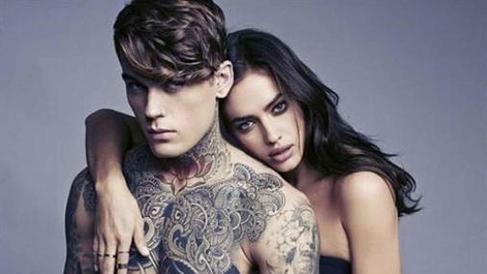 Irina y Stephen muy cómplices en una campaña publicitaria