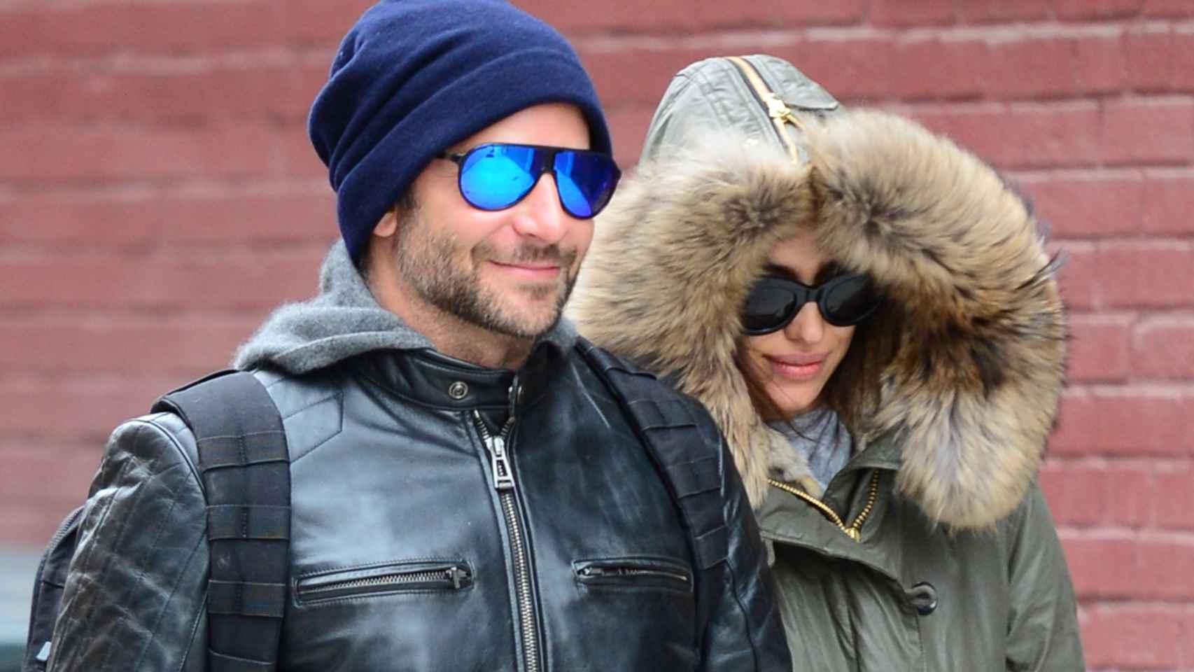 Bradley e Irina muy enamorados por las calles de Nueva York el pasado mes de noviembre