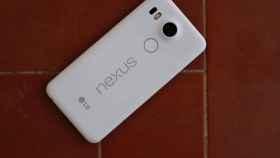 Google quiere hacer con los Nexus lo que Apple con los iPhone