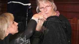 La mujer que emocionó a Hollande tras matar a su marido maltratador