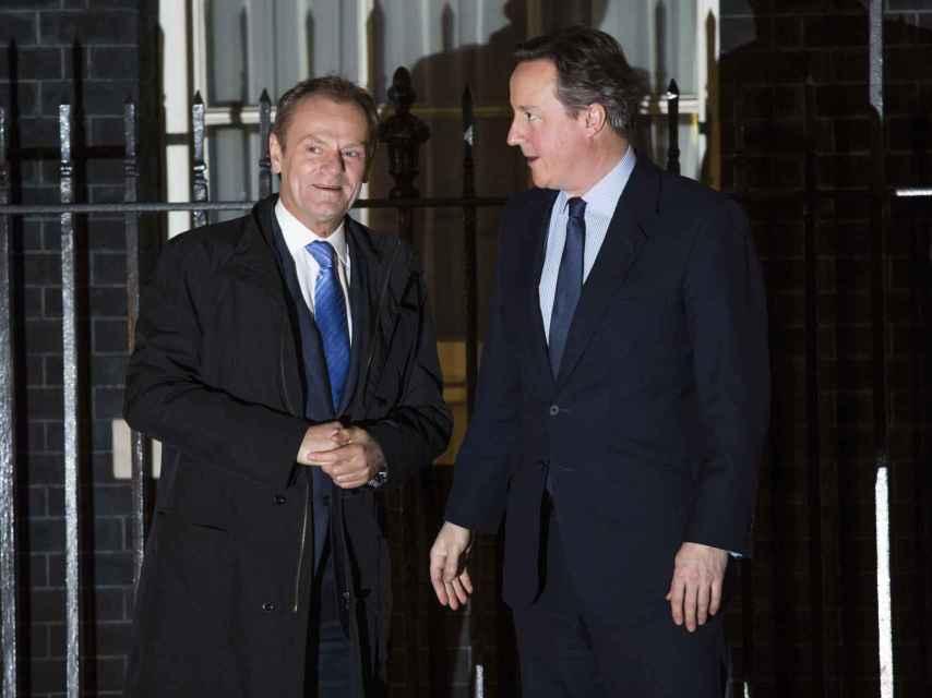 El presidente del Consejo Europeo, Donald Tusk, y el primer ministro británico, David Cameron