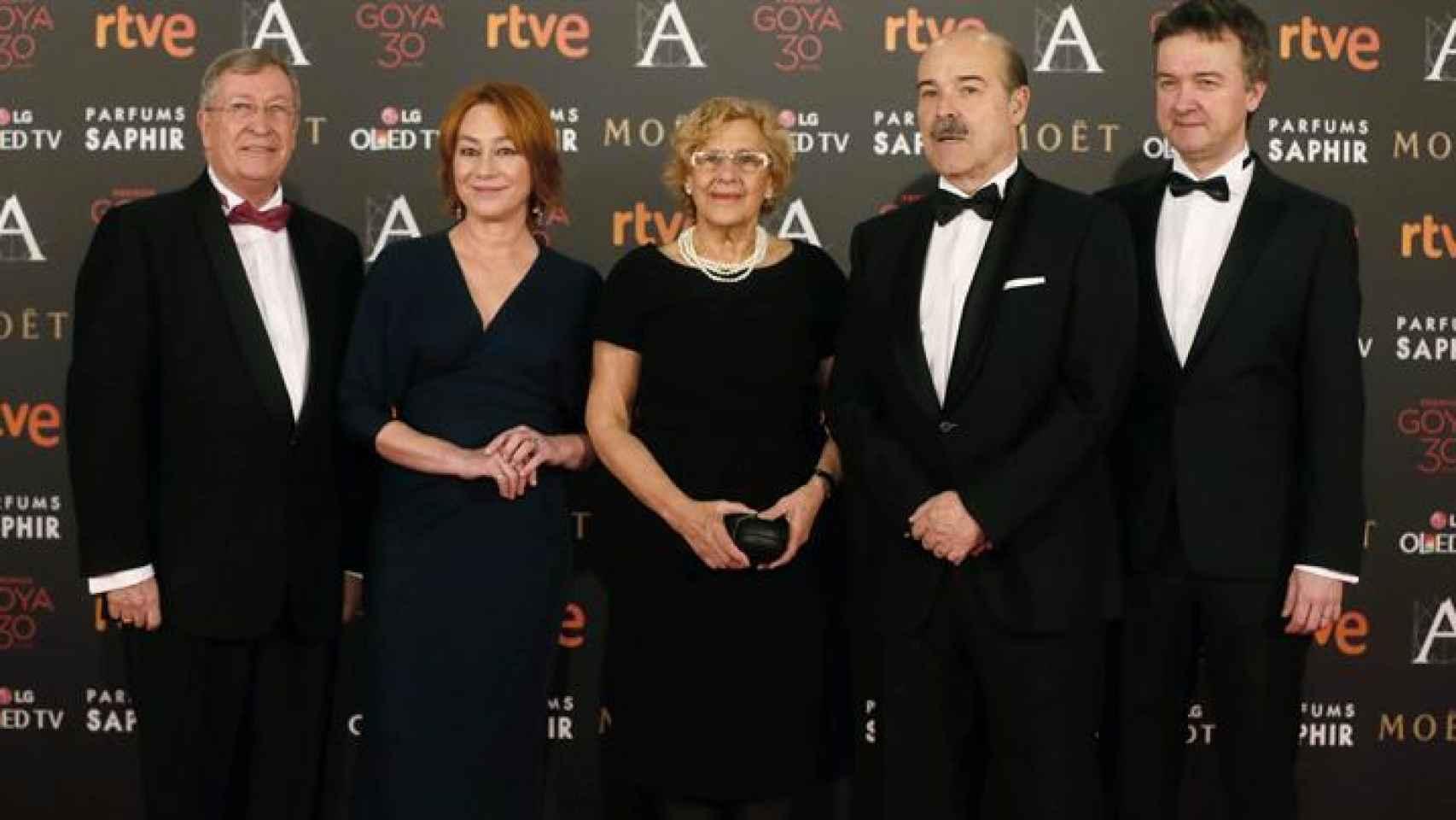 Resines junto a Manuela Carmena en la gala de los Goya