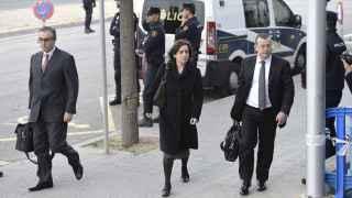 La mujer de Diego Torres 'le hace la cobra' en el juicio