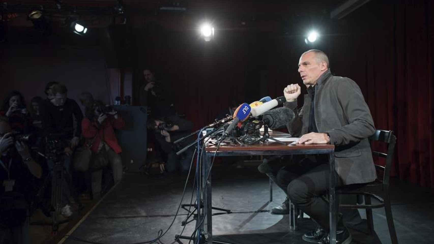 Varufakis, durante la presentación de su Movimiento en Berlín.