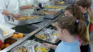 Multa de 18 millones por pactar precios para comedores escolares