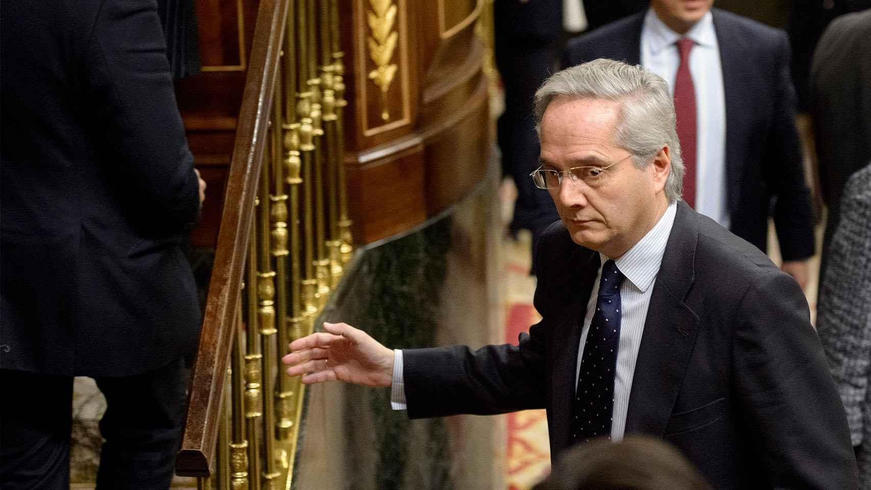 El diputado Gómez de la Serna, durante la sesión constitutiva del Congreso.