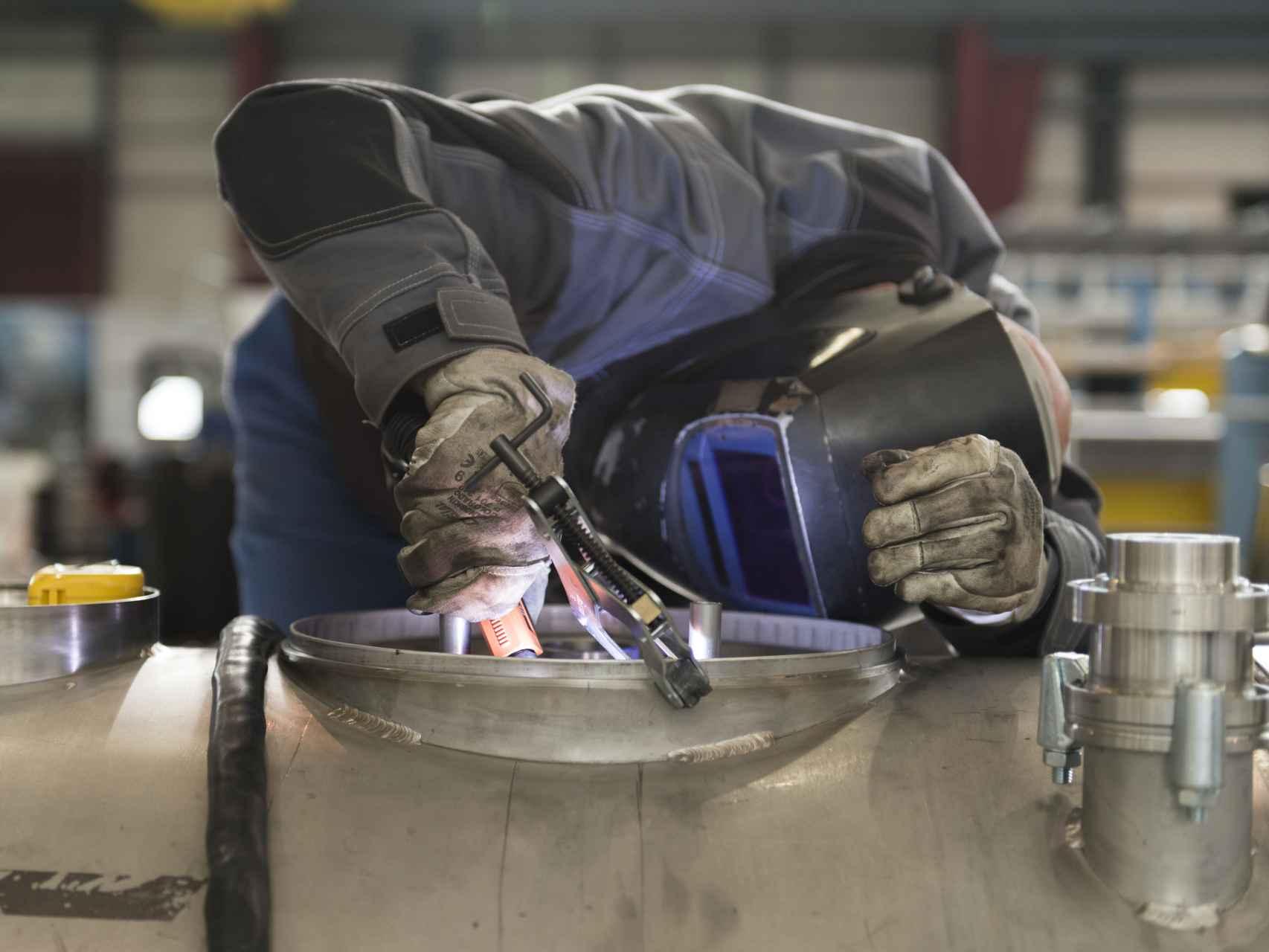 Un trabajador en el CERN.
