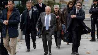 Jordi Pujol y Marta Ferrusola camino de la Audiencia Nacional.