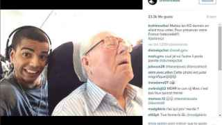 El 'selfie' de Brahim Zabat con Jean-Marie Le Pen.