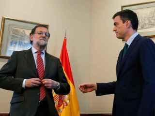 Rajoy y Sánchez este viernes en su reunión en el Congreso