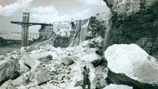 Imagen de las cataratas del Niágara secas en 1969.