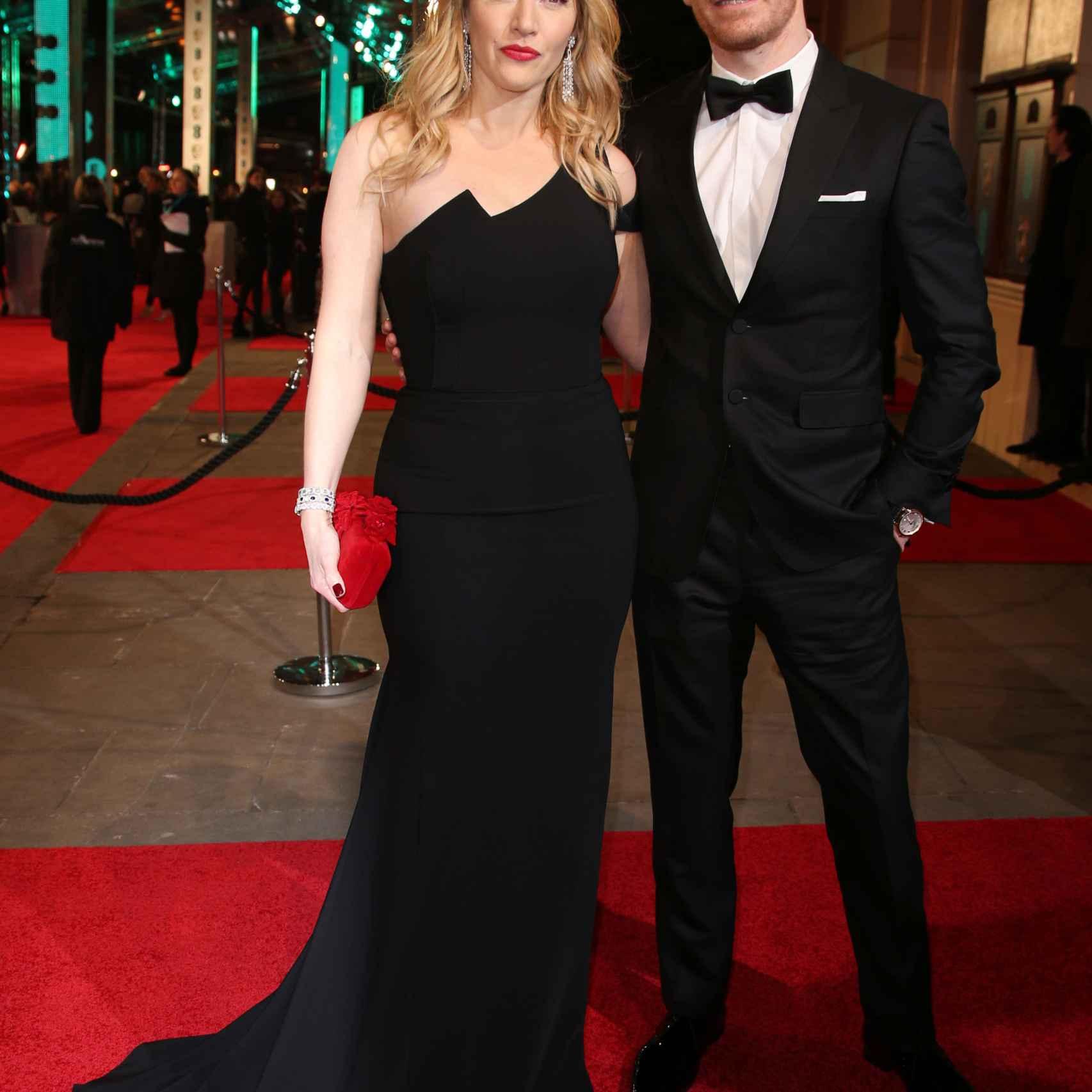 Kate Winslet y Michael Fassbender en la alfombra roja de los Premios Bafta 2016