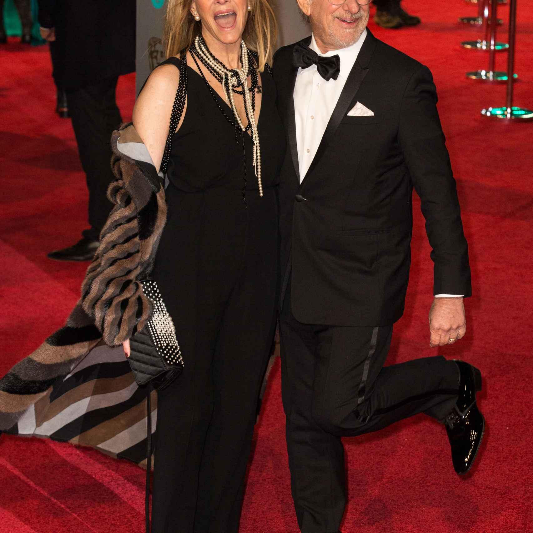 Kate Capshaw y Steven Spielberg en los premios Bafta 2016