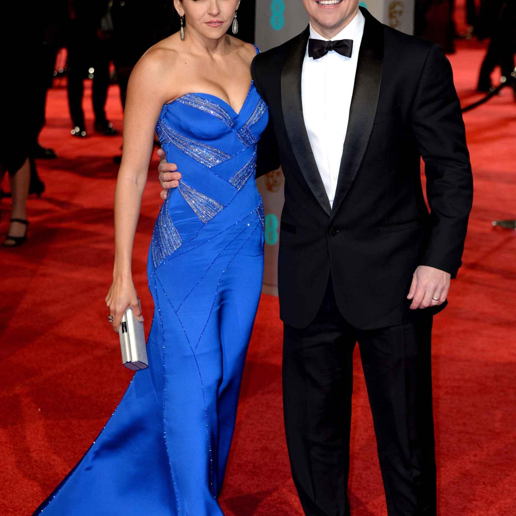Matt Damon y su mujer, Luciana Barroso, en los Bafta 2016