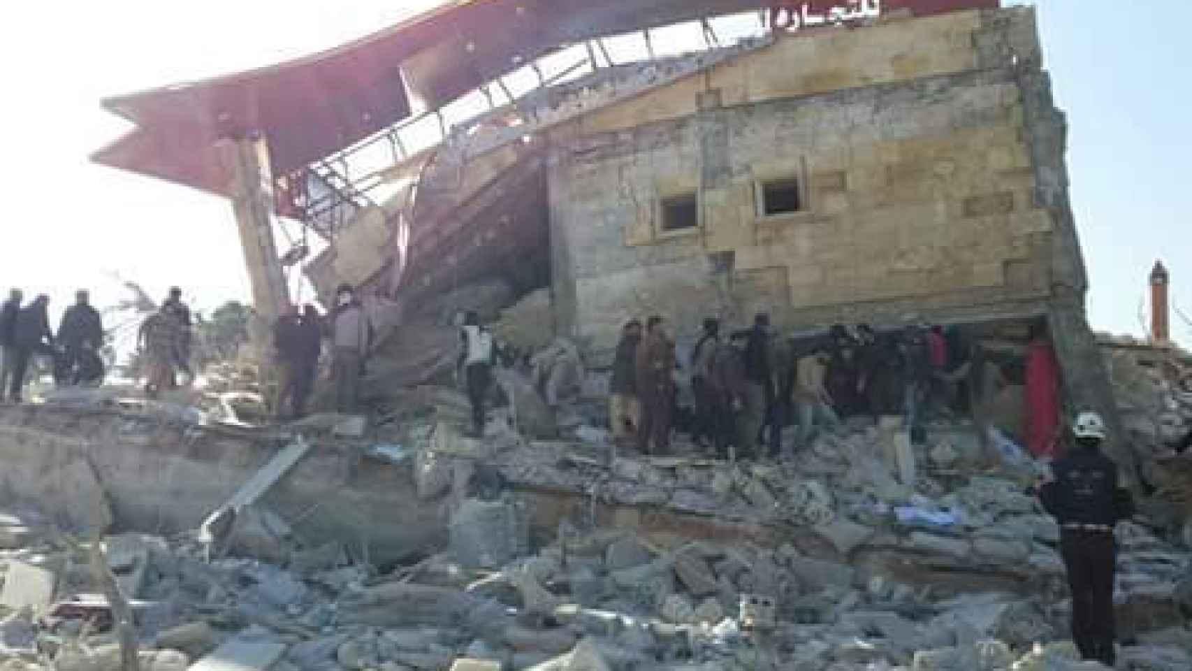 Cuatro hospitales afectados por los ataques aéreos en el norte de Siria