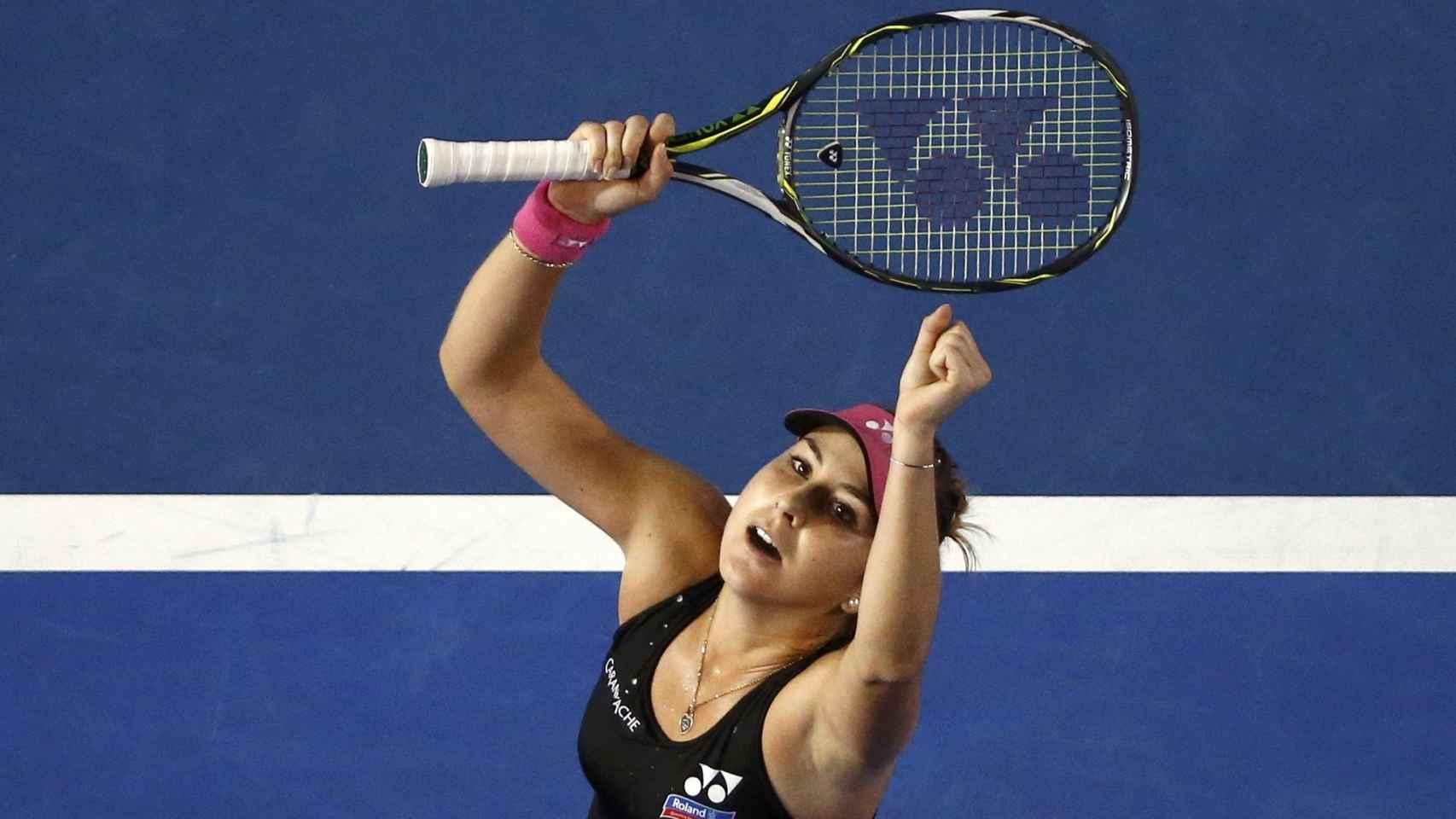 Belinda Bencic celebra su victoria.