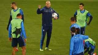 Zinedine Zidane, durante el entrenamiento en el Olímpico romano.