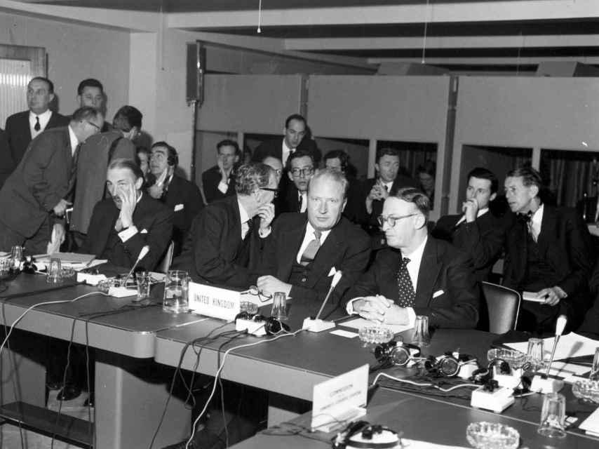 La delegación británica en la apertura de negociaciones para entrar en la UE en 1961.