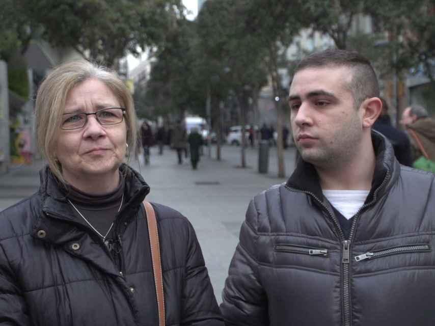 Sergio junto a su madre Carmen.