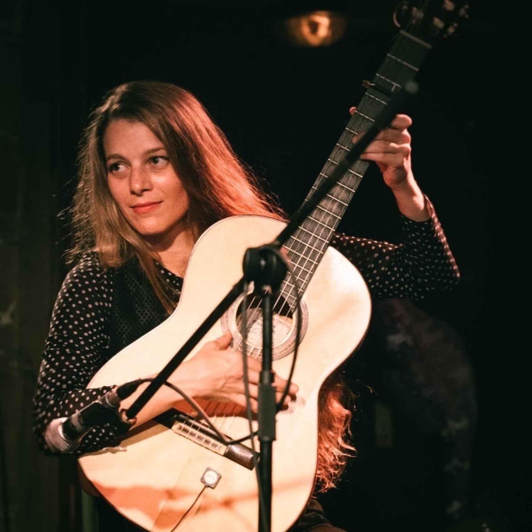 La guitarrista Noa Drezner.