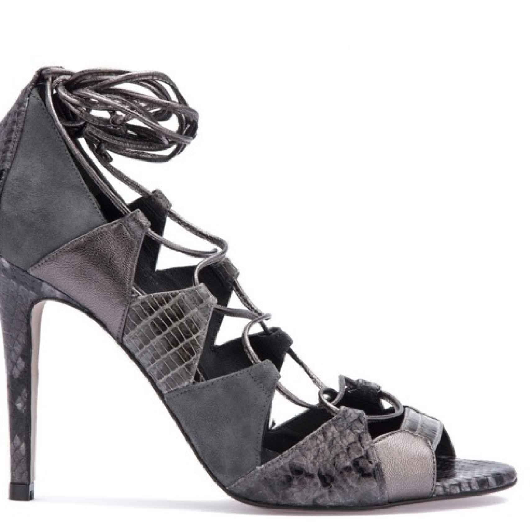 Zapato de Magrit con la misma composición que los de Doña Letizia