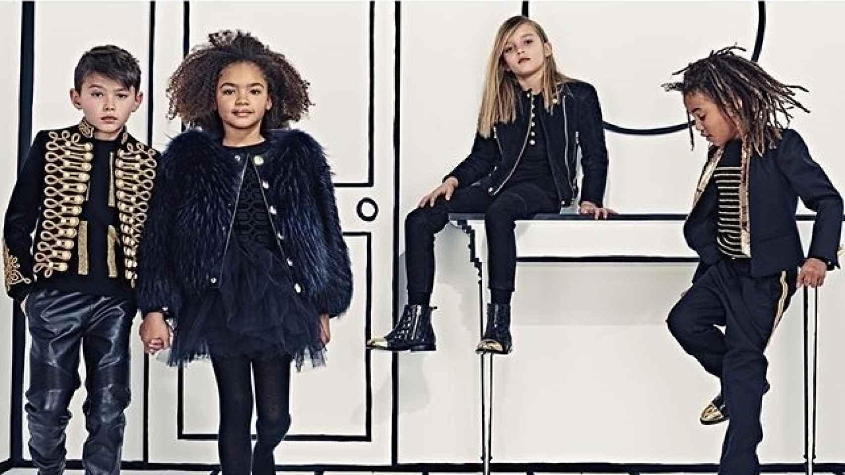Campaña de Balmain Kids con pequeños imitadores de Joan Smalls o Jordan Barrett