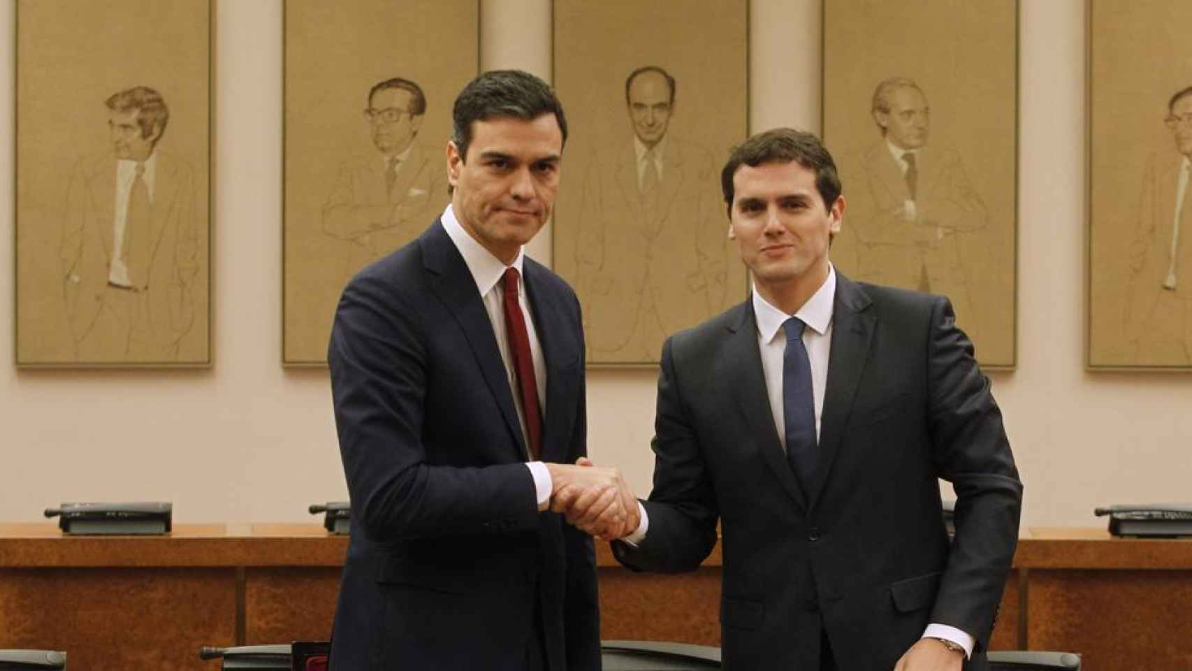 Albert Rivera y Pedro Sánchez acordaron la vestimenta del pacto