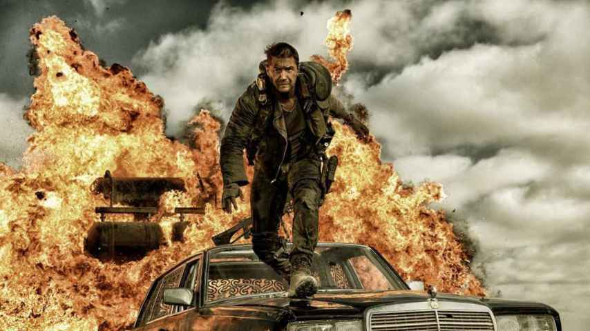 Tom Hardy en un fotograma de Mad Max