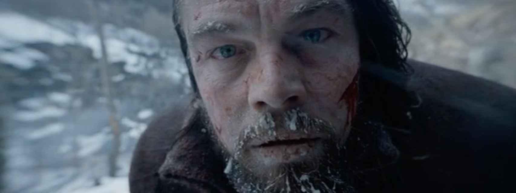 Plano final de El renacido, con el primer plano de DiCaprio pidiendo el Oscar.