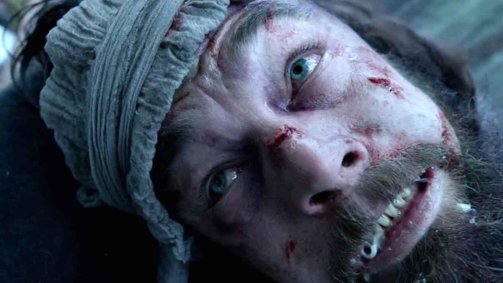 DiCaprio moribundo, de un lado para otro.