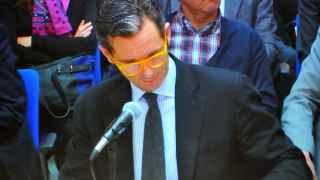 Urdangarín en el juicio del Caso Noós con gafas de pasta