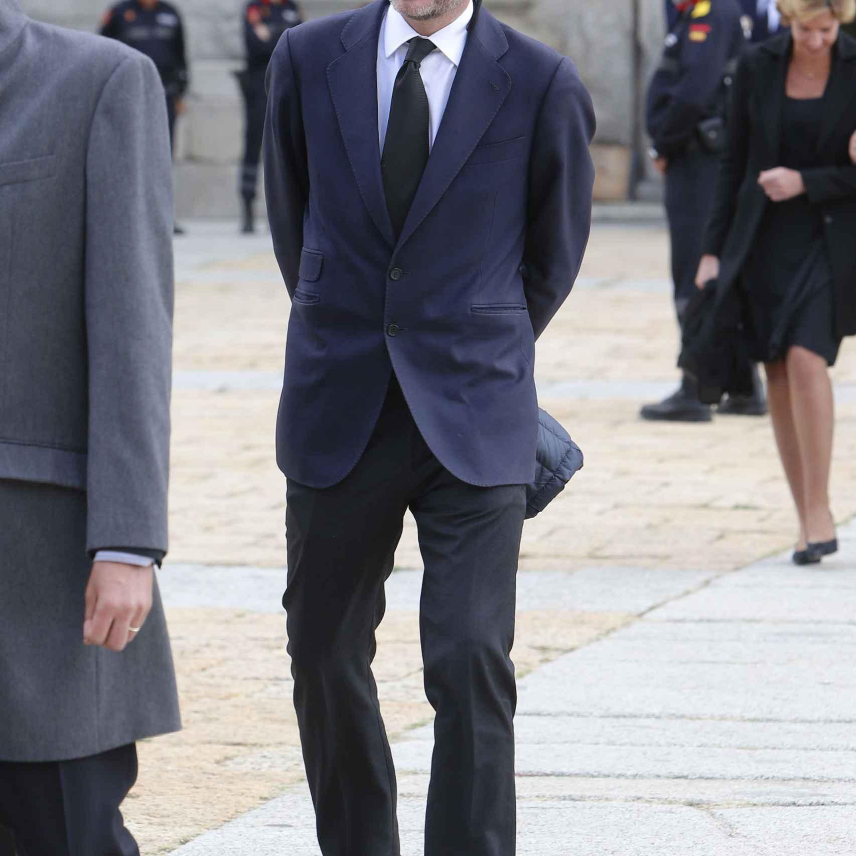 Beltrán Gómez-Acebo en el funeral del Infante Don Carlos de Borbón