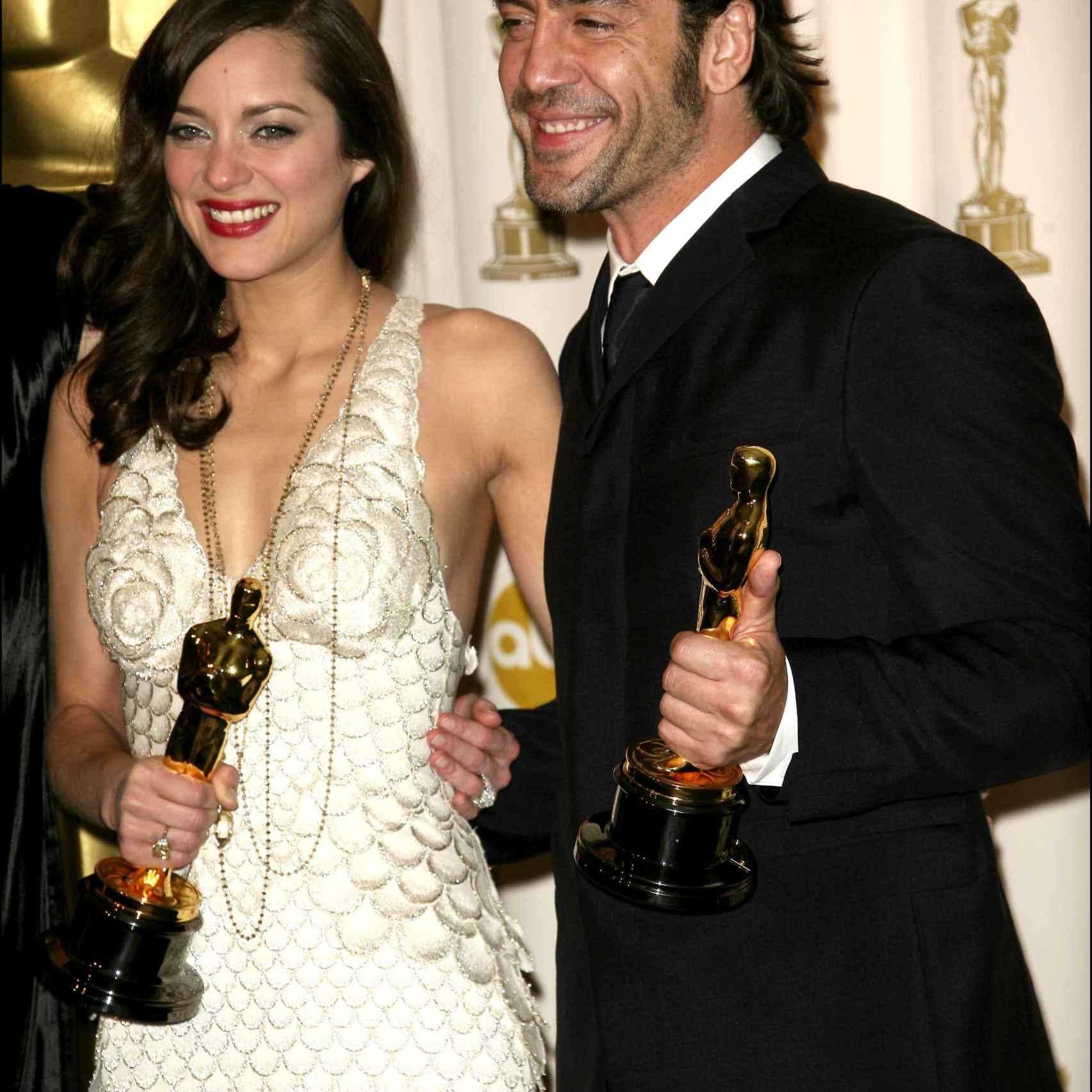Marion Cotillard y Javier Bardem ganadores del Oscar de actores secundarios en 2008