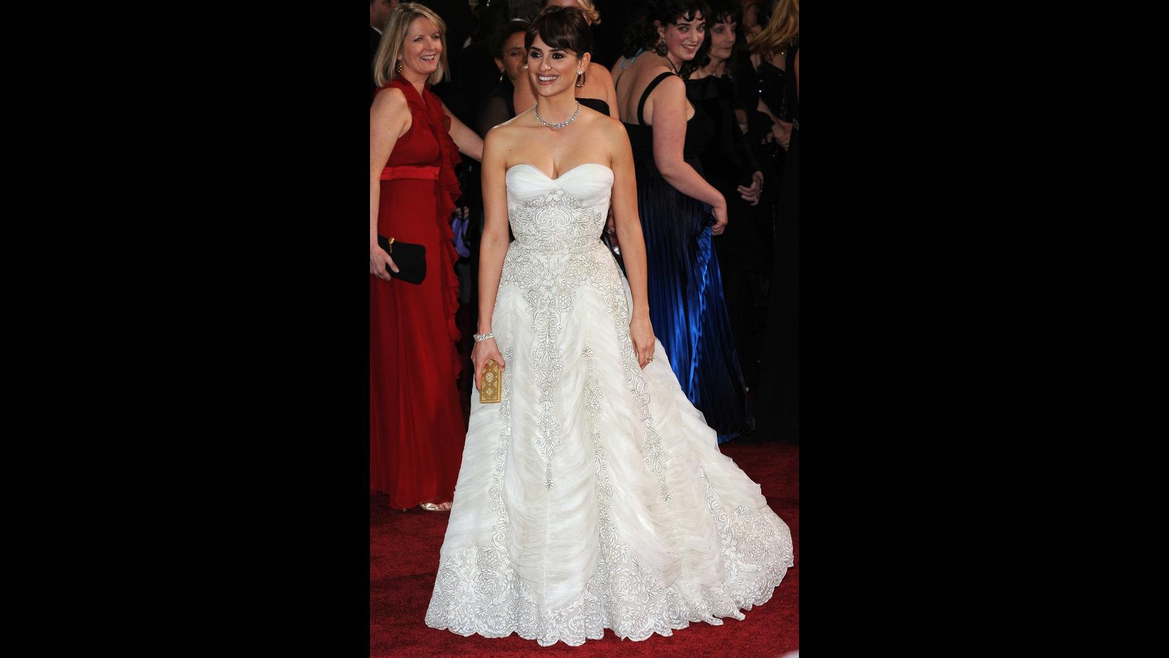Los 8 mejores vestidos de la historia de los Oscar