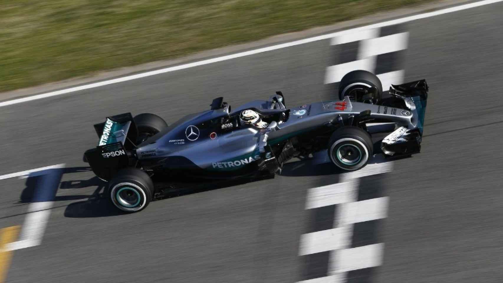 El nuevo Mercedes en Montmeló