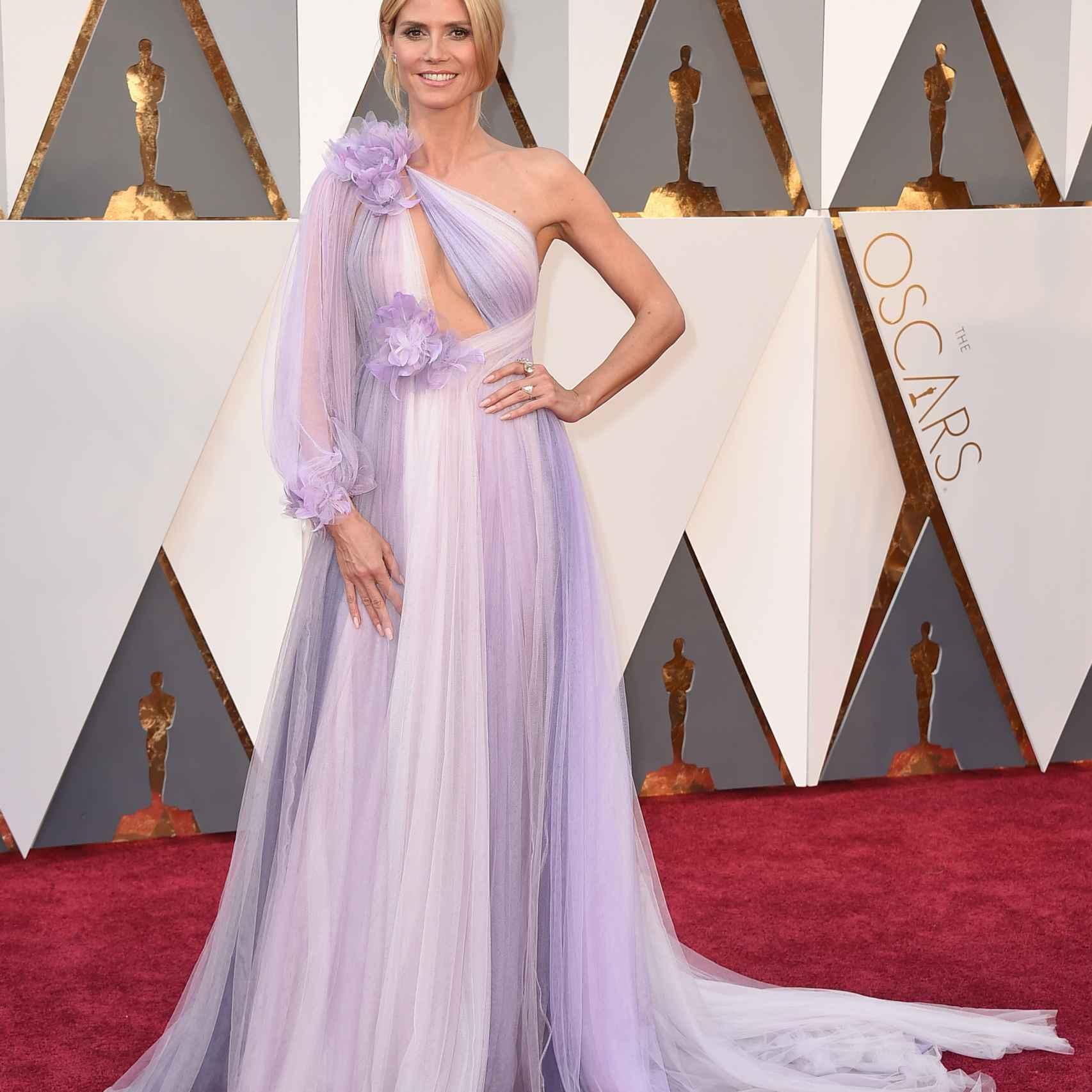 Heidi Klum con un vestido imposible de Marchesa