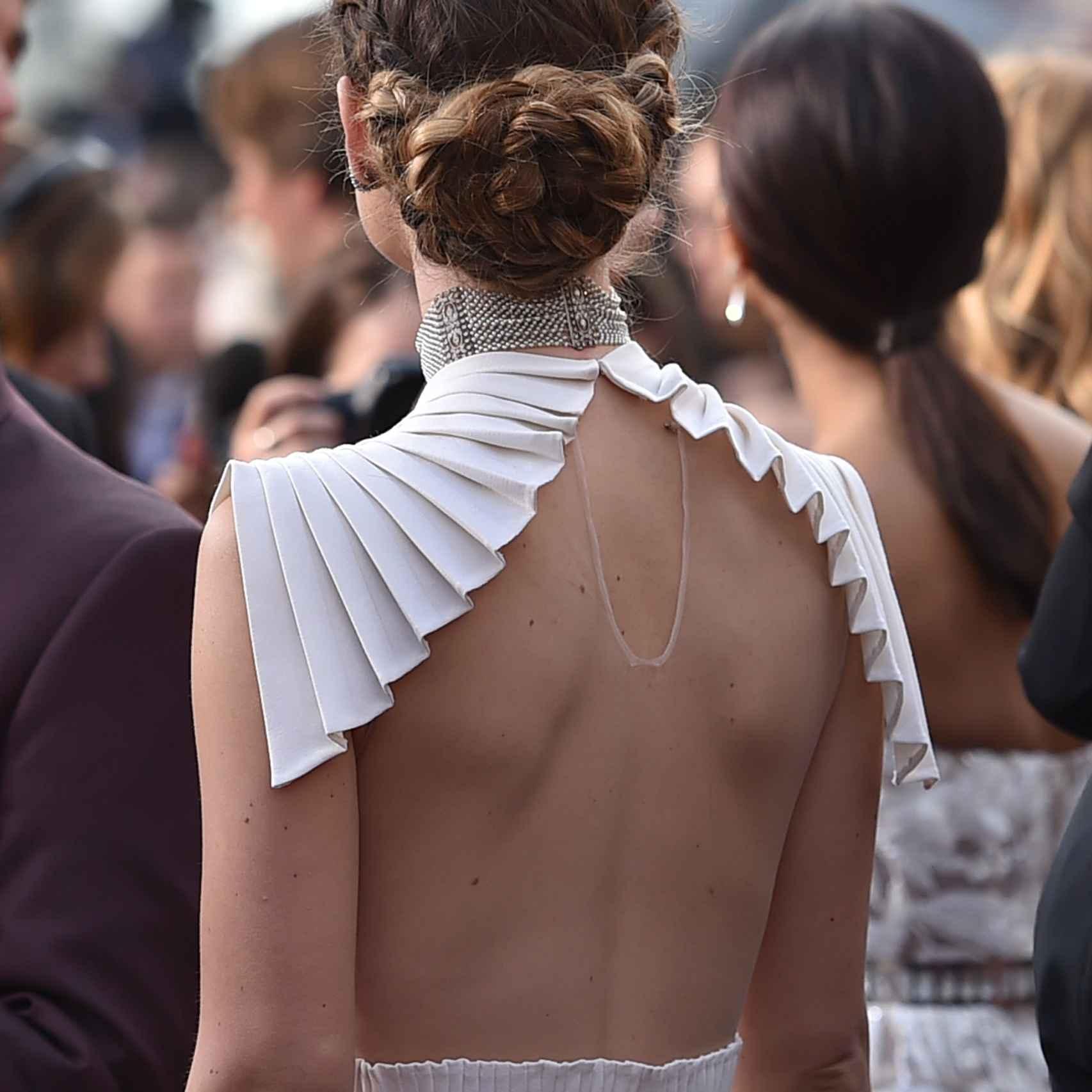 La espalda de Olivia Wilde con el Valentino de inspiración griega