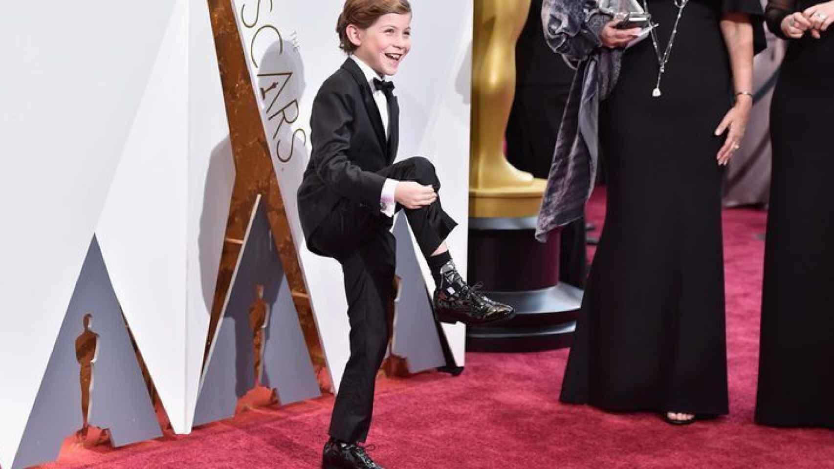 Jacob Tremblay muestra orgulloso sus calcetines de Darth Vader