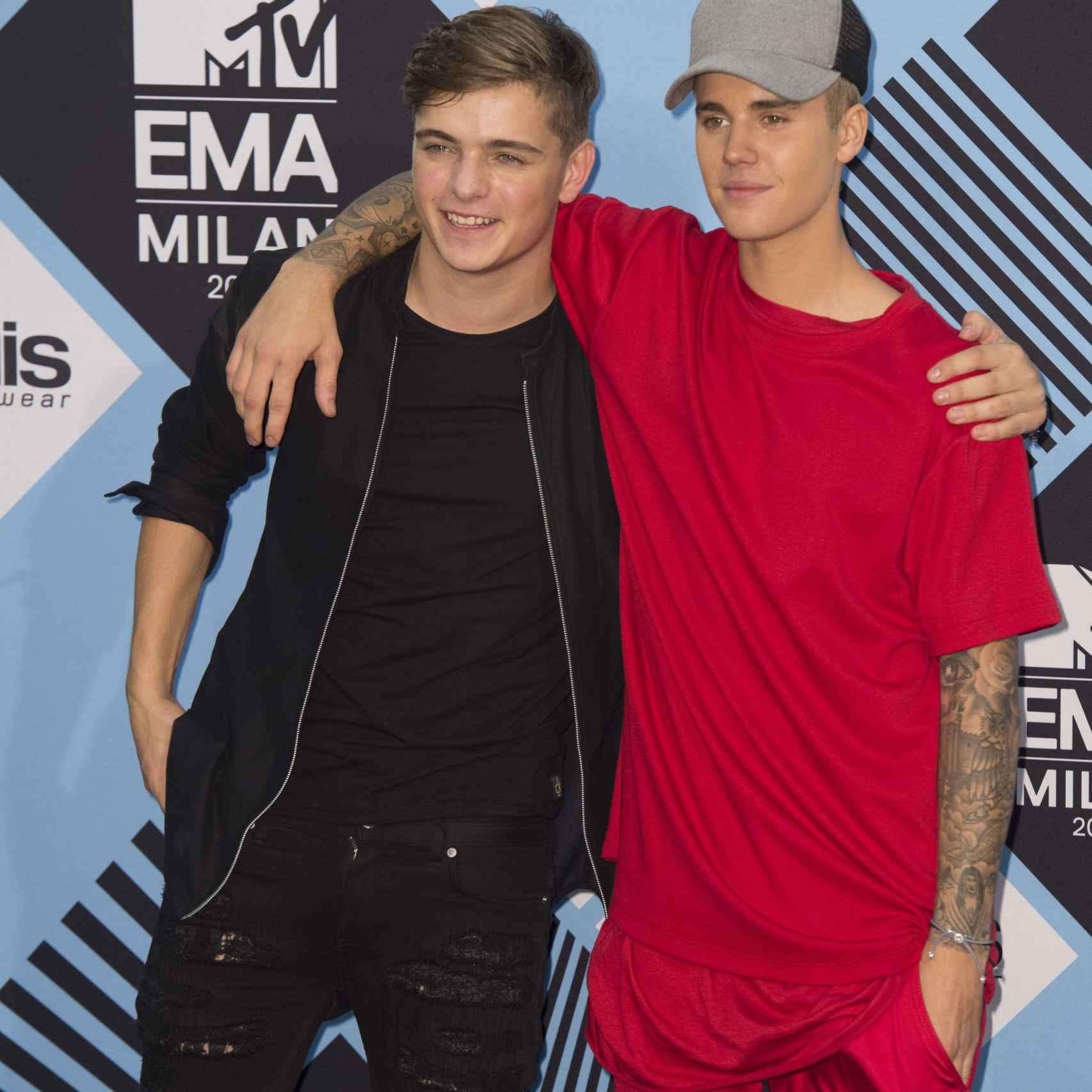 Justin Bieber y Martin Garrix en los premios EMA de Mtv