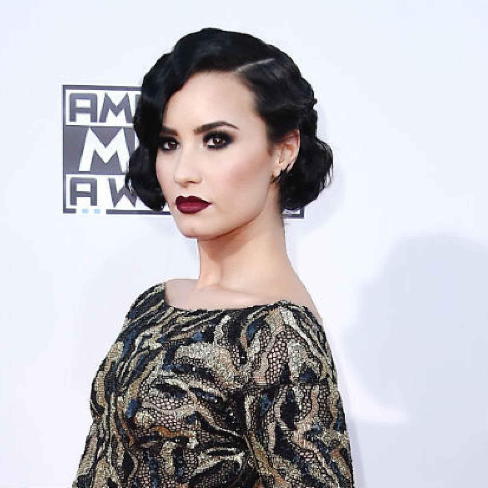 Demi Lovato se hizo amiga de un fantasma que vivía en su casa