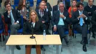 La infanta Cristina declara en el tribunal.