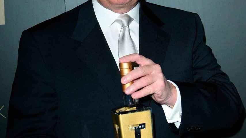 Desde un Monopoly a filetes de lujo: ocho negocios extraños de Donald Trump que no triunfaron