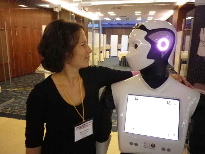 Un amable robot que siempre escucha.