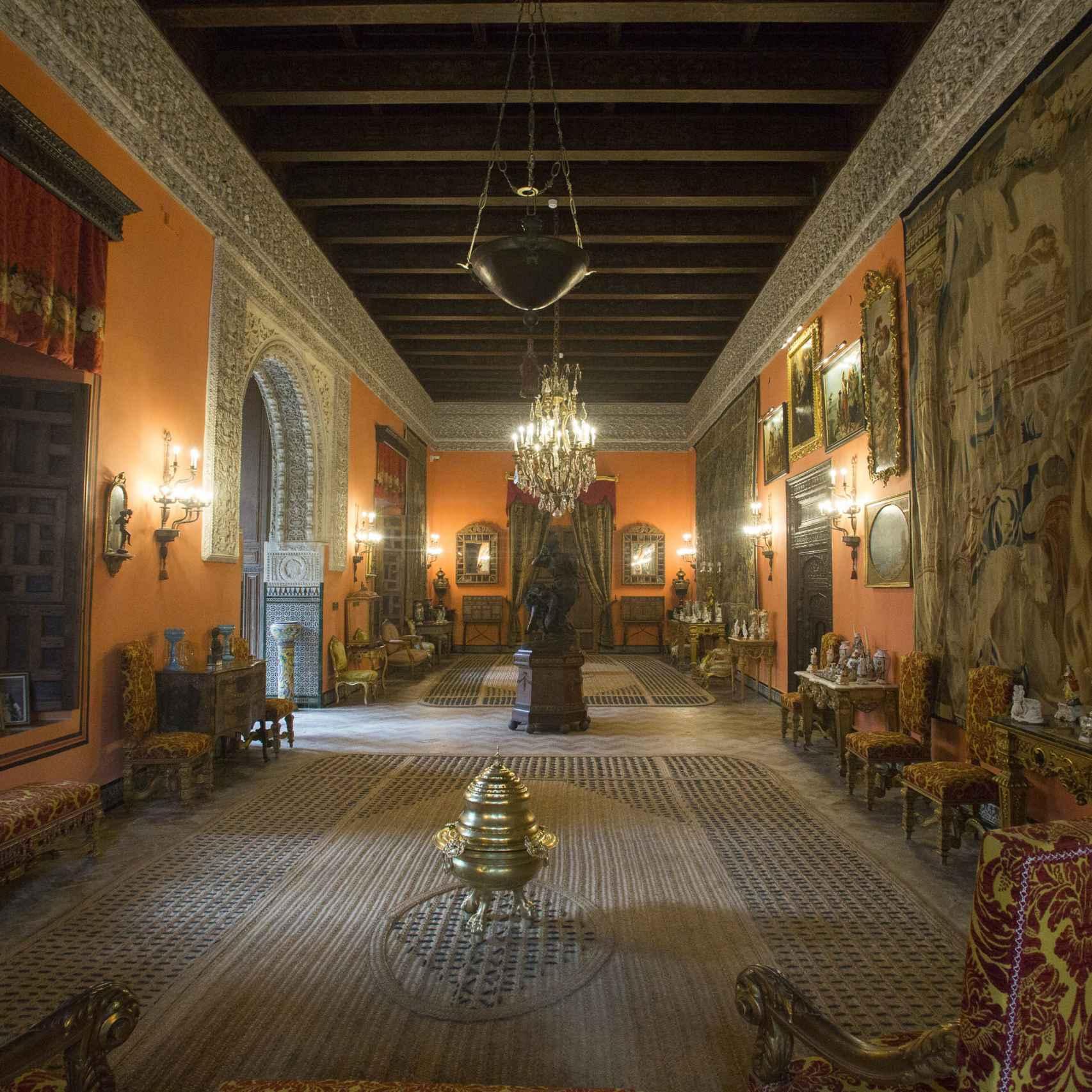 Una de las estancias del Palacio de Las Dueñas