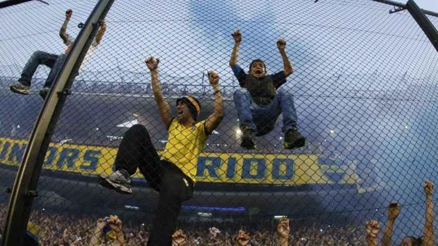 Aficionados de Boca Juniors en La Bombonera