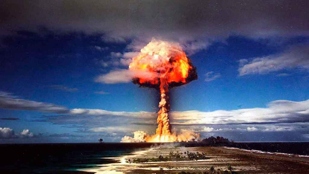 bomba-nuclear-explosion