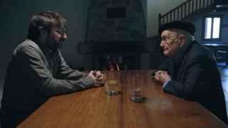 Jordi Évole y Luis Ortiz en un momento de la entrevista, en Salvados.