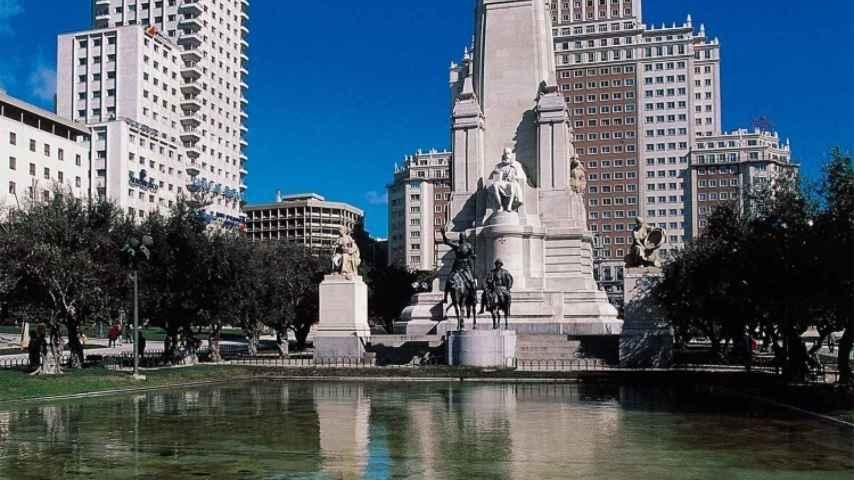 El monumento a Cervantes en la Plaza de España, cuestionado en el test.