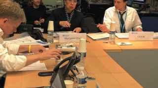 Reunión del Comité de expertos, con Margaret Chan al frente.