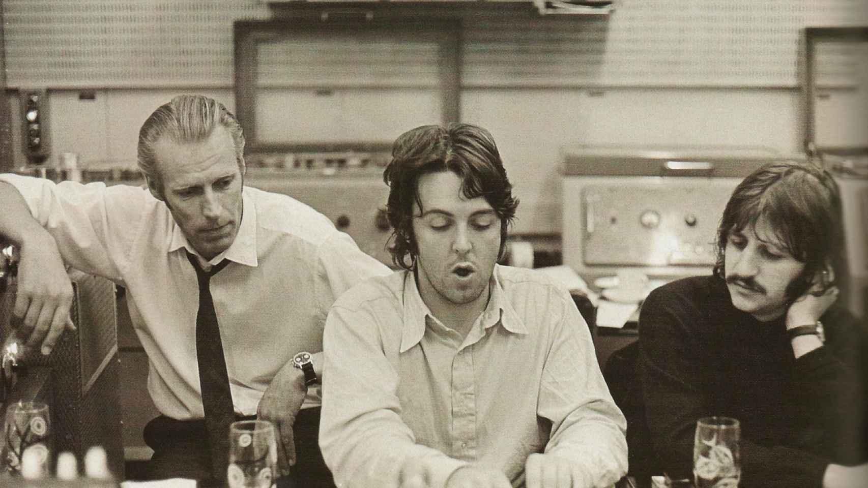 George Martin, Paul McCartney y Ringo Starr